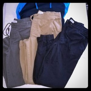 3 PRS OF NEVER WORN URBAN PIPELINE JOGGERS